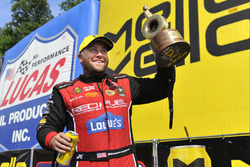 Top Fuel pemenang Shawn Langdon