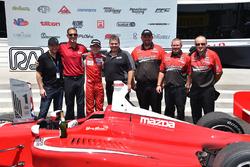 Yarış galibi Zach Veach, Belardi Auto Racing