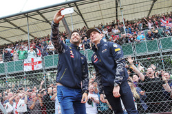 (L to R): Daniel Ricciardo, Red Bull Racing with team mate Max Verstappen, Red Bull Racing