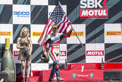 Nicky Hayden, Honda World Superbike Team, fête sa troisième place sur le podium