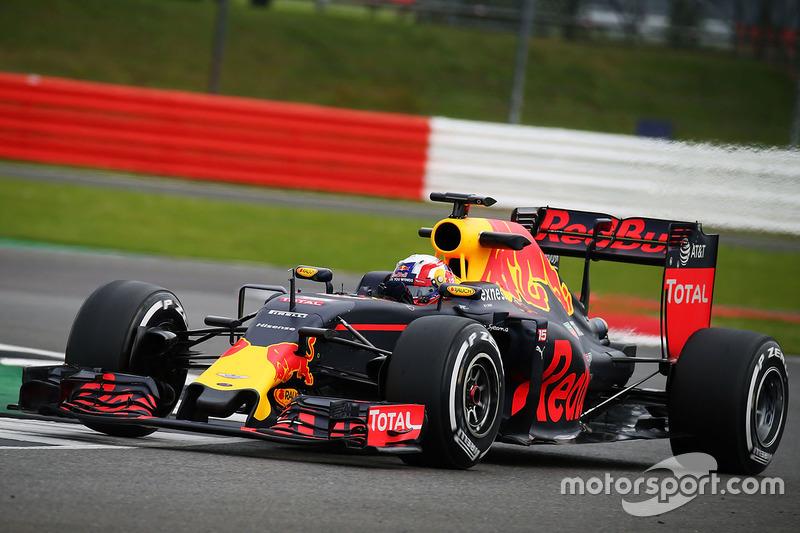 Pierre Gasly, Red Bull Racing RB12 Piloto de prueba