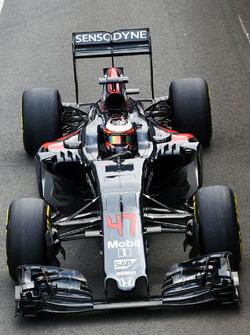 Stoffel Vandoorne, McLaren MP4-31 reserverijder