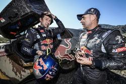 #104 Peugeot: Cyril Despres y #100 Peugeot: Stéphane Peterhansel
