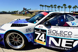 Rob Blake Going Over Final Prep for Sebring IGT Race 1