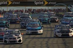 iRacing.com V8 Supercars Series roars to life at Watkins Glen