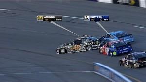 Clint Bowyer dumps polesitter Kyle Larson on race start - Richmond - 2014 NASCAR Sprint Cup