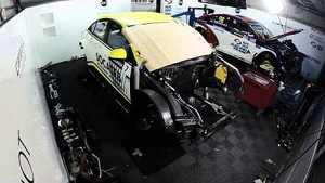 Time Lapse: Fixing a broken WTCC car in one night!