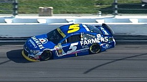Trouble for Kahne on late restart