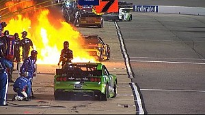 Fuego en boxes del número 62