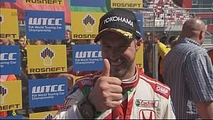 Tiago Monteiro gana la carrera 2 en Moscú