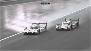 أول ساعتين من السباق، المعركة المذهلة بين سيارتي بورشه 17 وأدي 7