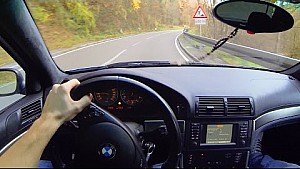 BMW M5 E39 Onboard POV Drive in the Mountains Acceleration V8 Sound Shift Down Landstrasse