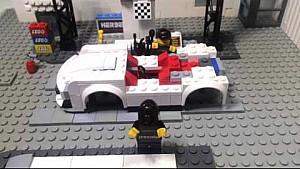 Ein Porsche 911 GT3 R aus Lego