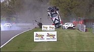 Britse GT crash op Brands Hatch