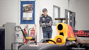Ферстаппен и Риккардо скучают без гонок