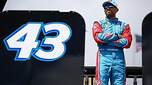 Aric Almirola gives update on recovery, when he may return