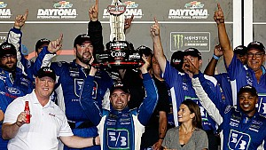 Crew Call: No. 17 team celebrates in Daytona's victory lane