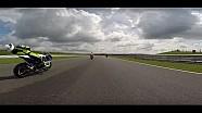 Kafasına parça isabet eden motosiklet sürücüsünün bilincini kaybettiği an