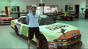 Chase Briscoe welcomes Nutri Chomps to Roush Fenway!