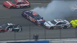 NASCAR banderas rojas en Texas Cup después del choque de 7 coches