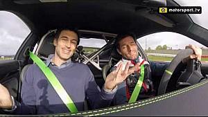 Hot lap al Nurburgring con Mark Webber sulla Porsche 911 GT3RS [SUB ITA]